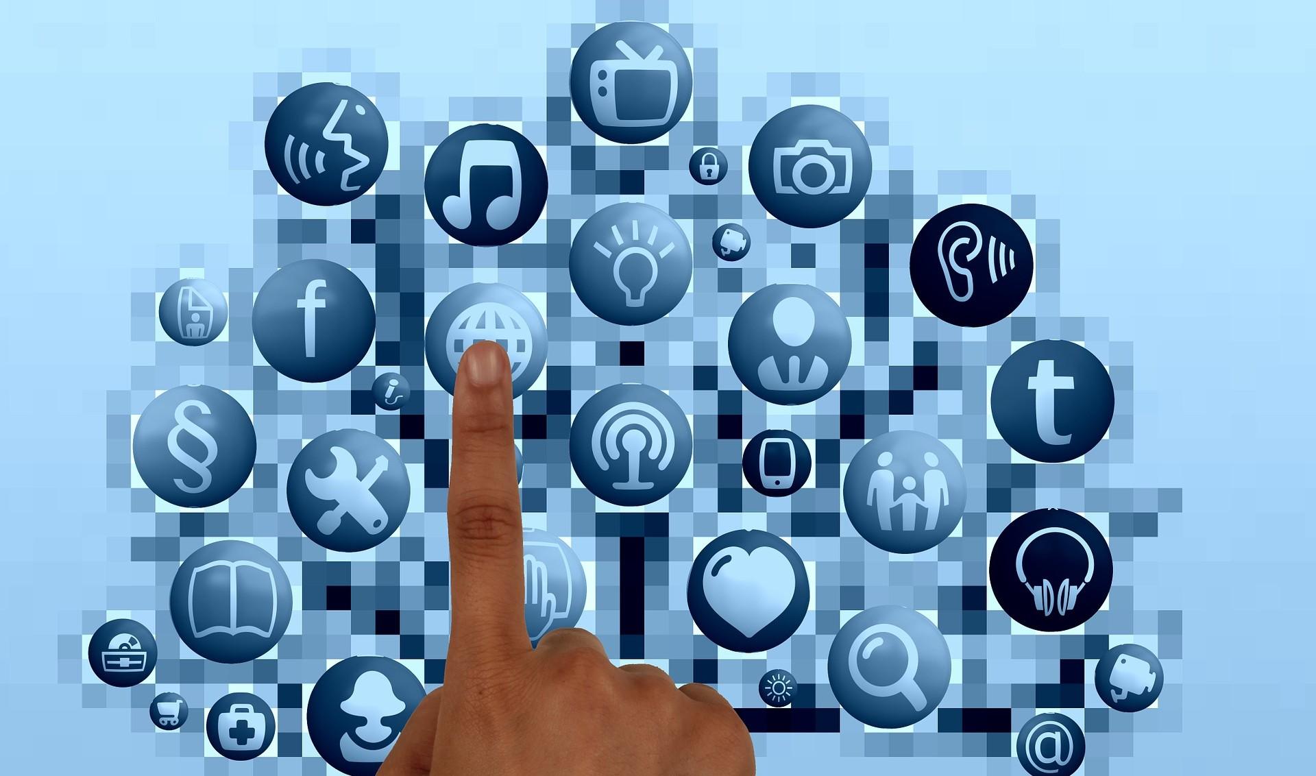 img-social-media